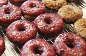 yummy donuts in costa mesa